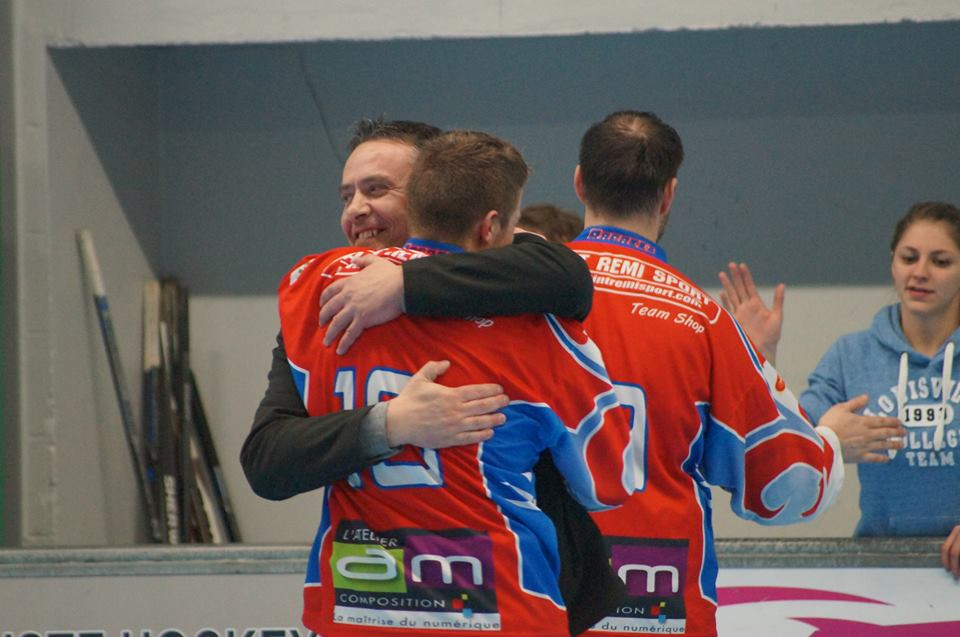 2014 2015 roller hockey reims - Cage a poule synonyme ...